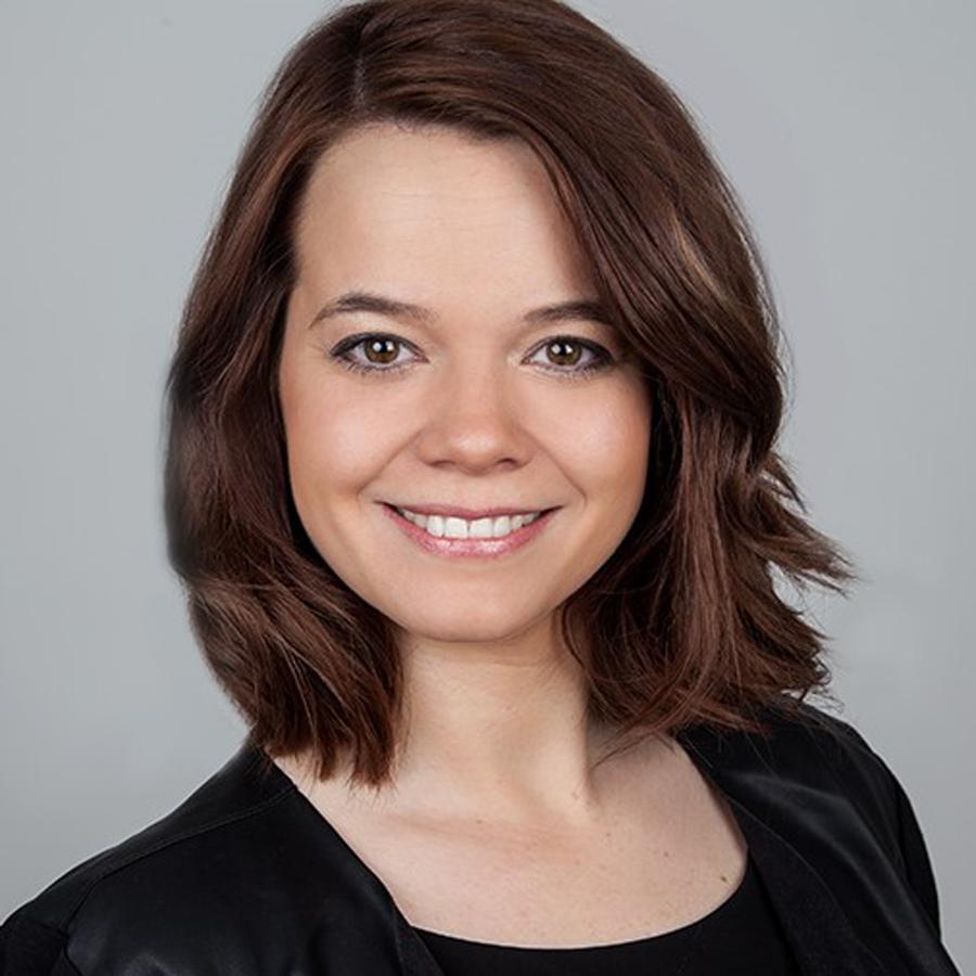 Dr. Annika Neubauer